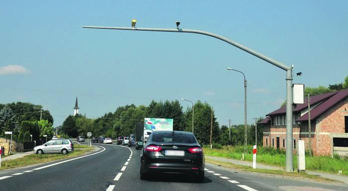 Kierowcy odcinkowy pomiar prędkości w Kolbuszowej Górnej mają gdzieś  - Zdjęcie główne
