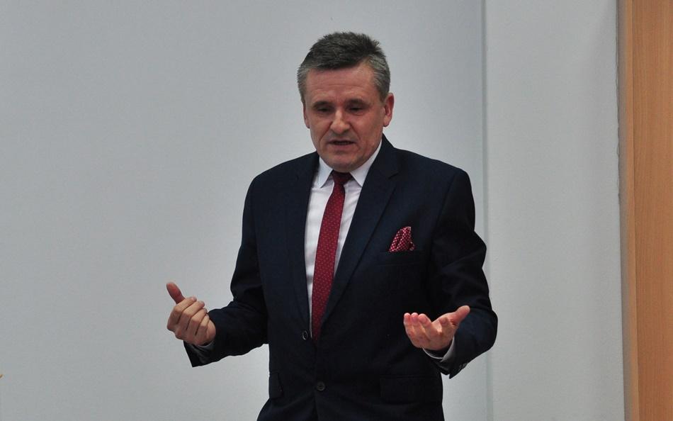 Grzegorz Romaniuk odpowiada na zarzuty Kolbuszowianki. - To krzywdzące - pisze  - Zdjęcie główne