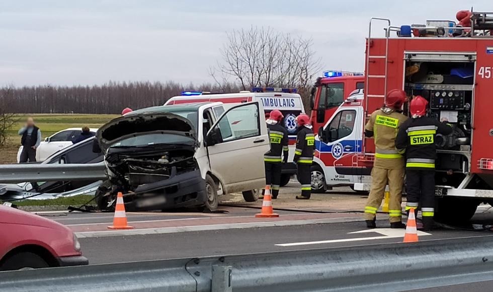 Zderzenie dwóch samochodów na obwodnicy [FOTO] [VIDEO] - Zdjęcie główne