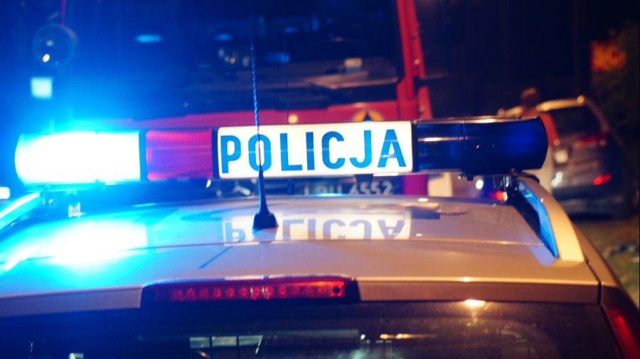 Pieszy nie żyje. Policja o wczorajszym potrąceniu w Ostrowach  - Zdjęcie główne