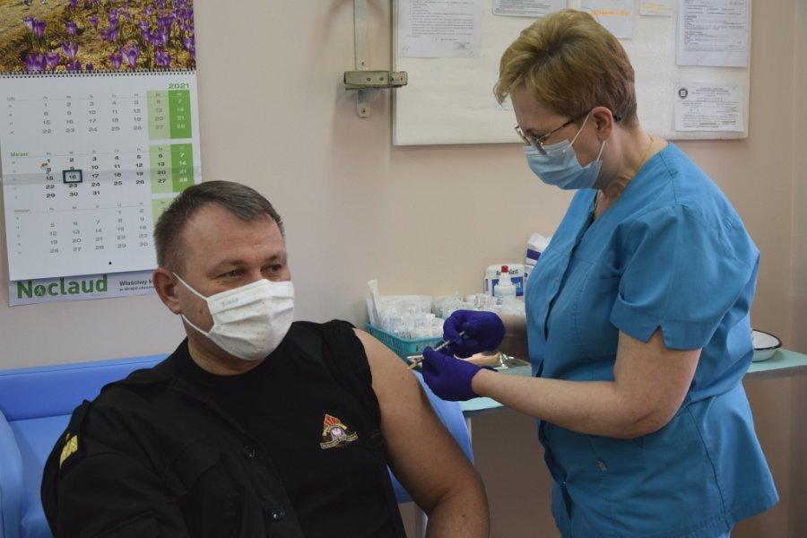 Ruszyły szczepienia służb mundurowych  - Zdjęcie główne
