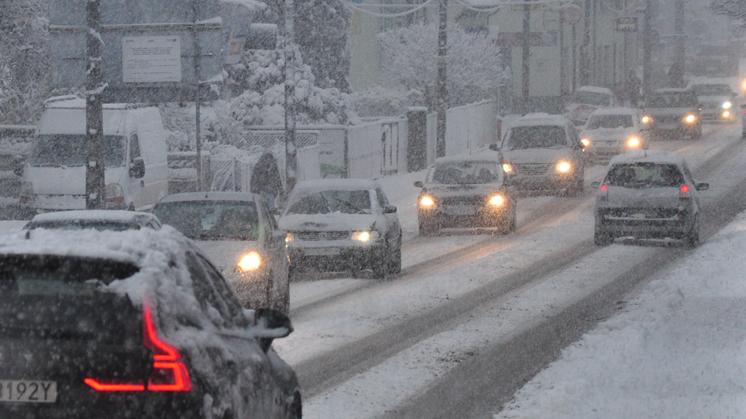 Trudne warunki na drogach powiatu. Kolejne zgłoszenia [AKTUALIZACJA] - Zdjęcie główne