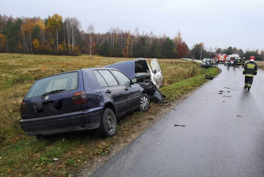 Gmina Niwiska. Zderzenie trzech pojazdów w Kosowach na ul. Piaskowej | ZDJĘCIA | - Zdjęcie główne