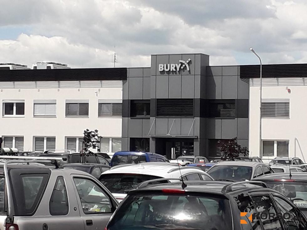 Znana firma z Mielca zwalnia aż 500 osób - Zdjęcie główne