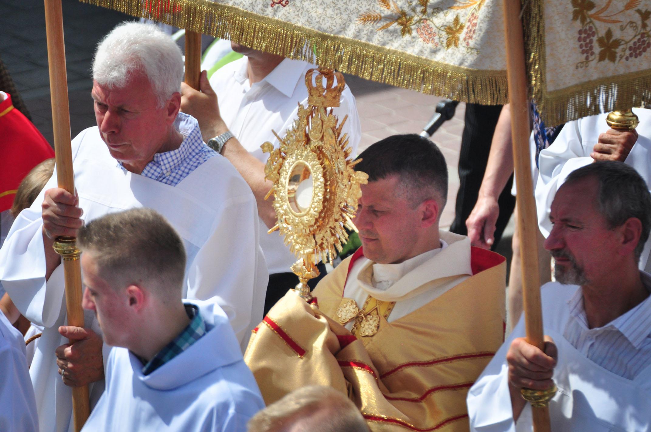 Procesja Bożego Ciała z kolbuszowskiej kolegiaty |ZDJĘCIA | WIDEO| - cz. II - Zdjęcie główne