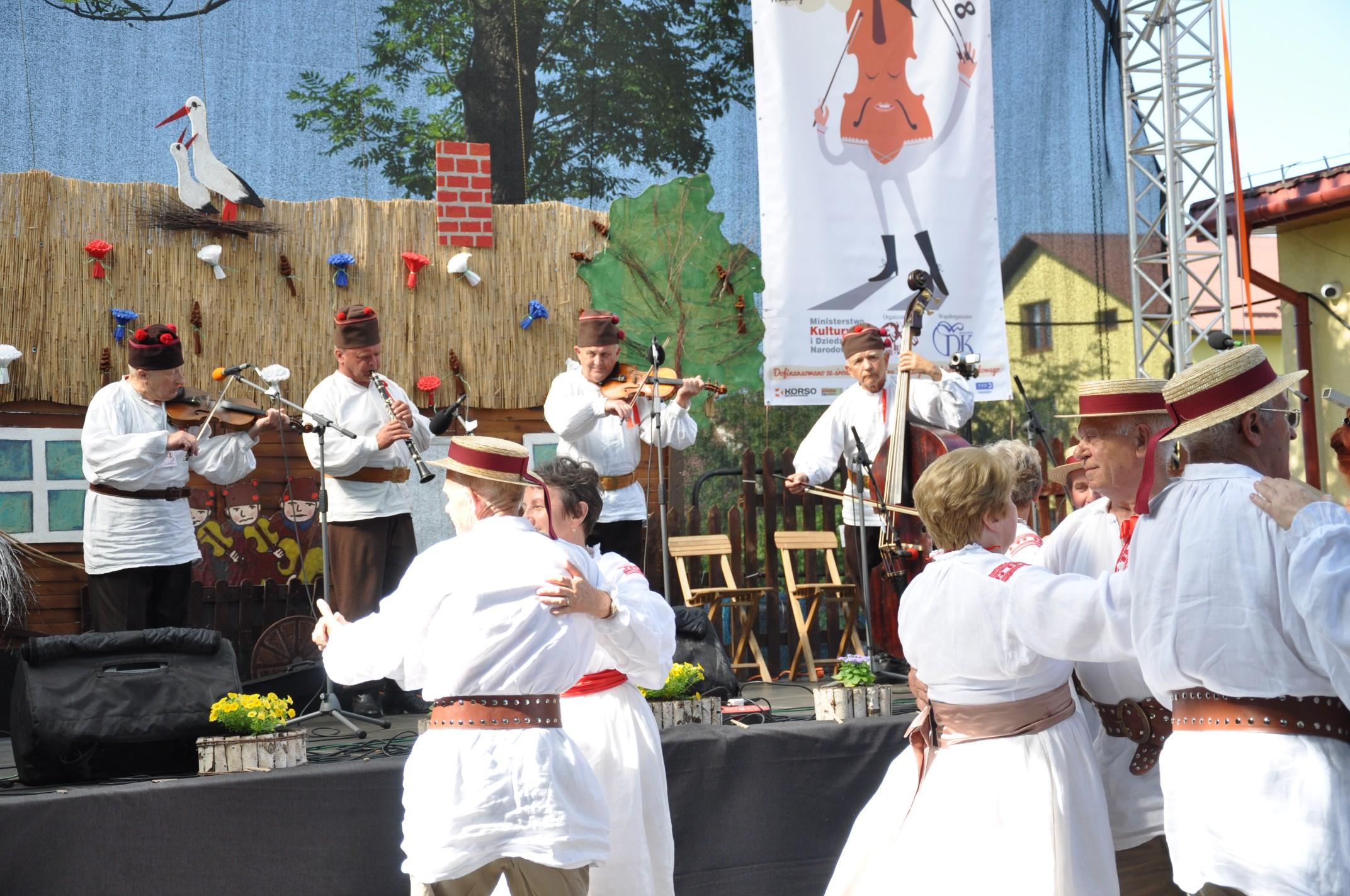 Gmina Kolbuszowa. Kapela Jurka Wrony zdobyła pierwsze miejsce na Ogólnopolskim Festiwalu Kapel i Śpiewaków w Kazimierzu Dolnym - Zdjęcie główne