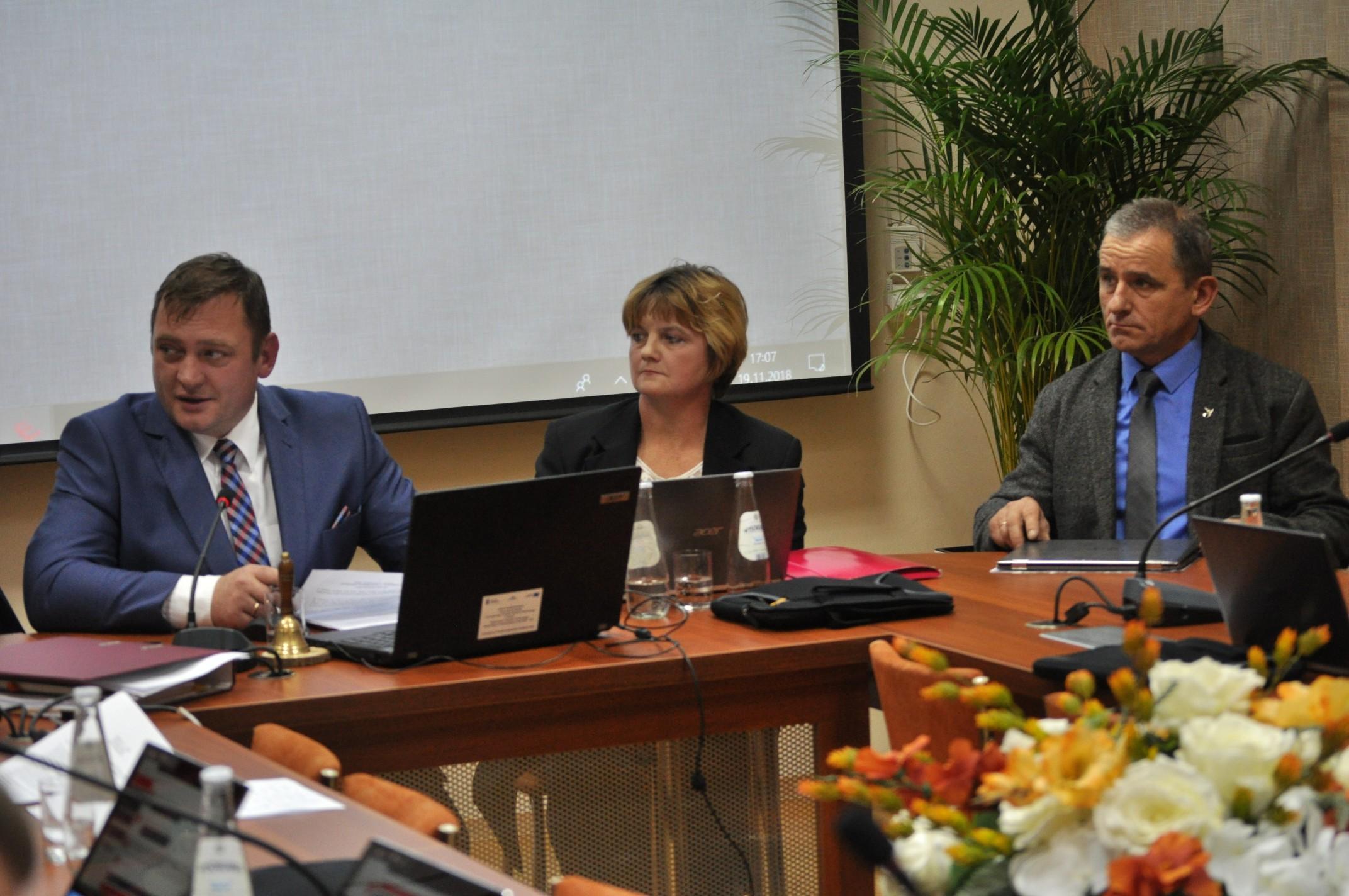 Rada Gminy w Niwiskach ustaliła składy poszczególnych komisji [ZDJĘCIA] - Zdjęcie główne
