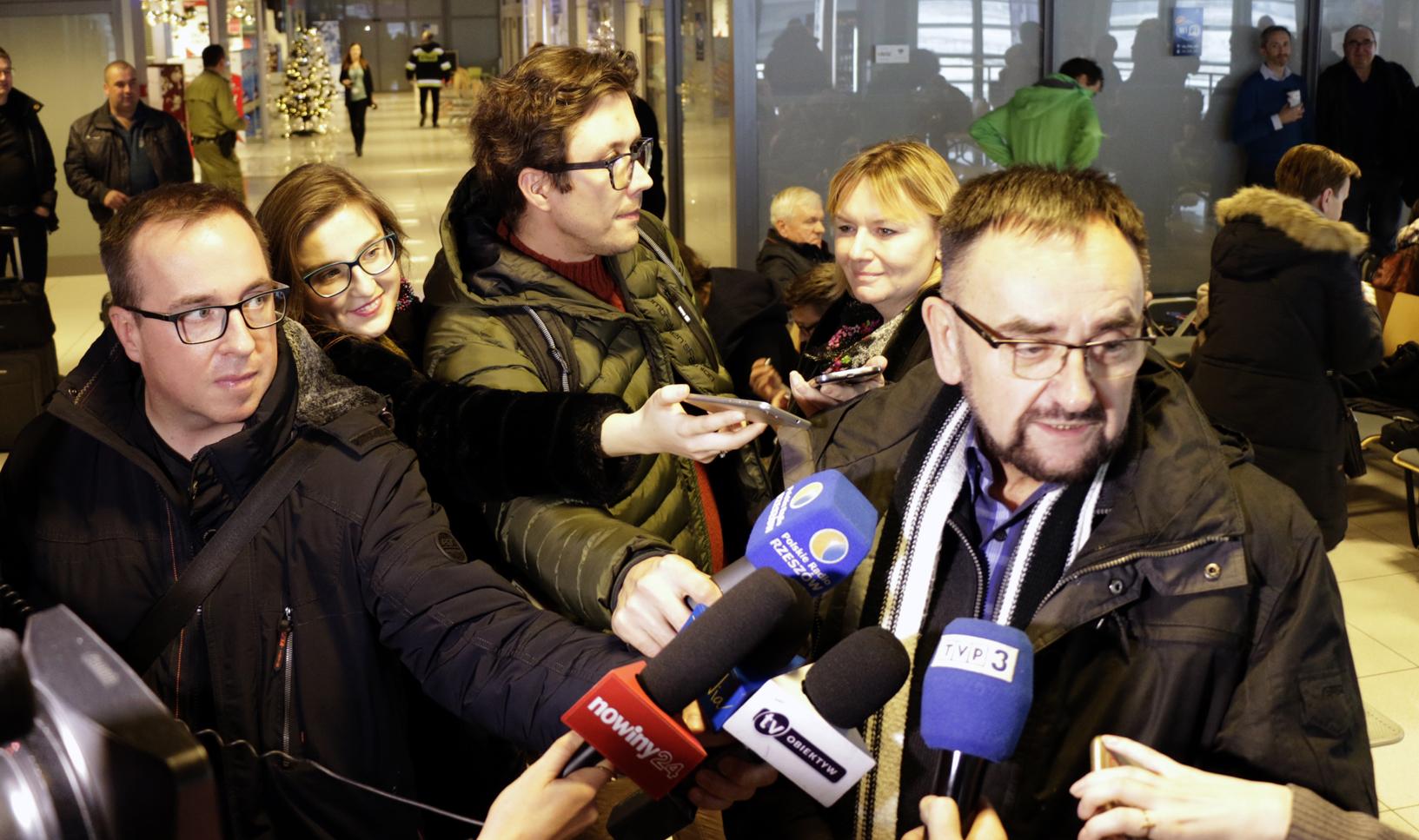 Miał lecieć z Jasionki do Monachium. Nie spodziewał się tego, co go spotkało na lotnisku  - Zdjęcie główne