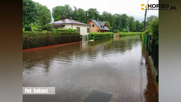 Alarm powodziowy w powiecie kolbuszowskim - zdjęcia i nagrania internautów |WIDEO| - Zdjęcie główne