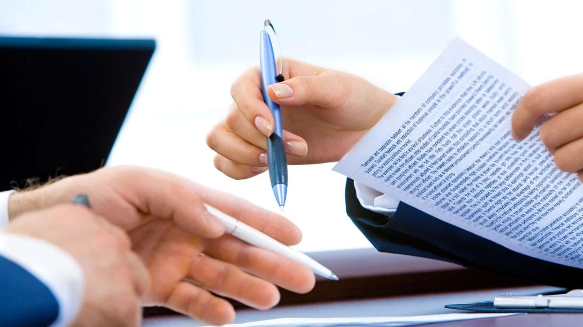 Umowa darowizny a umowa dożywocia - Zdjęcie główne