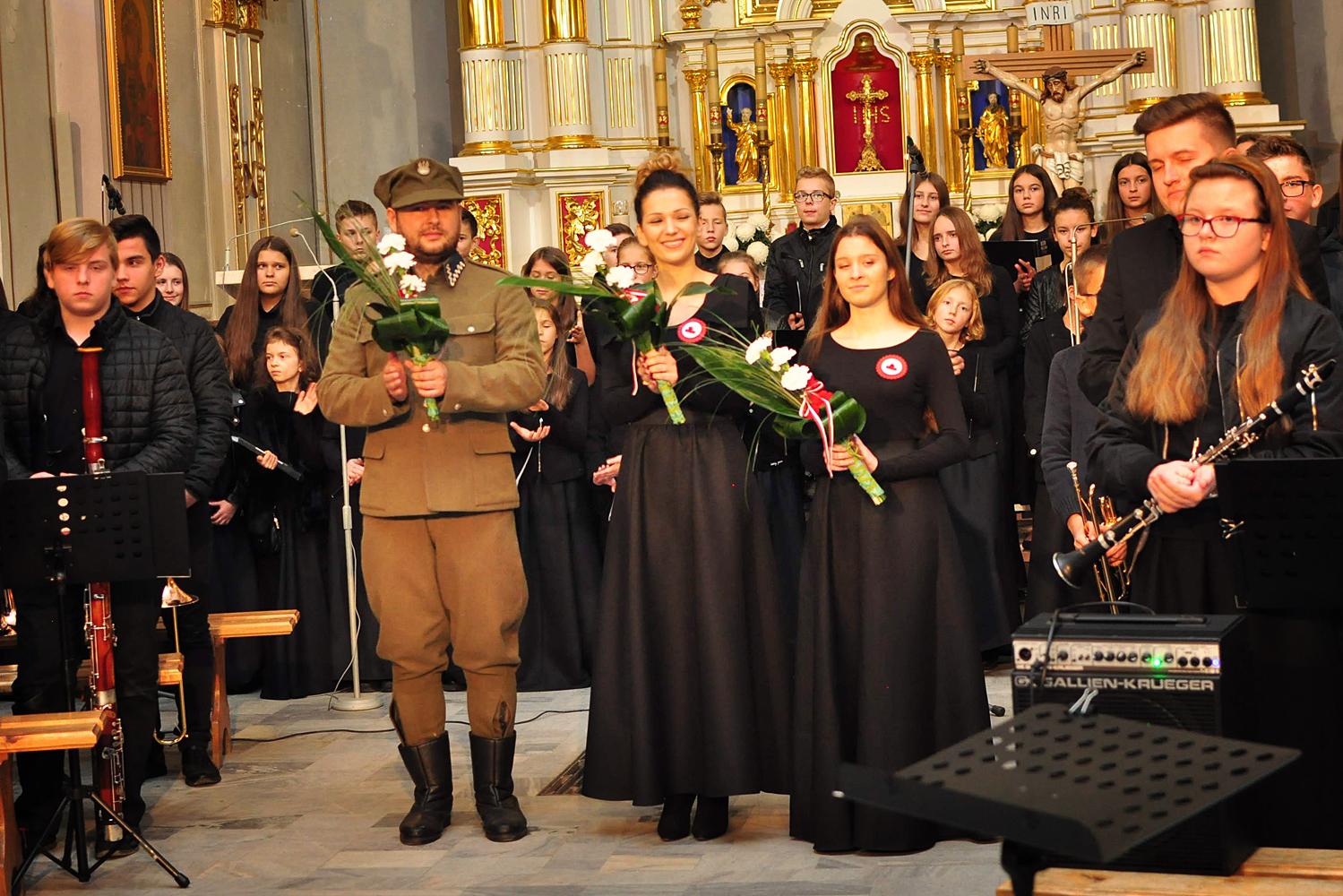 Niwiska. Koncert patriotyczny w kościele   ZDJĘCIA   - Zdjęcie główne