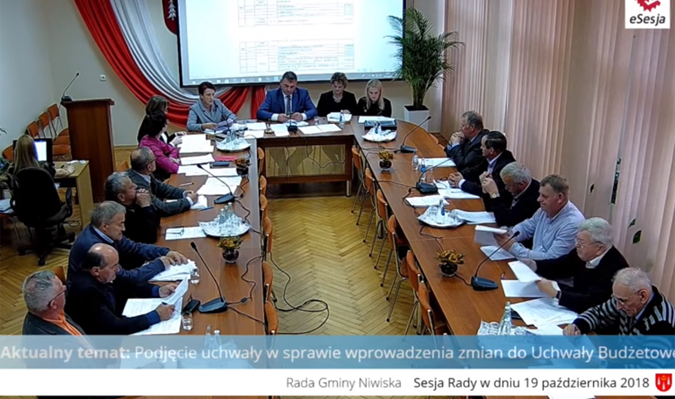 Pierwsza sesja w powiecie kolbuszowskim dostępna w sieci - Zdjęcie główne