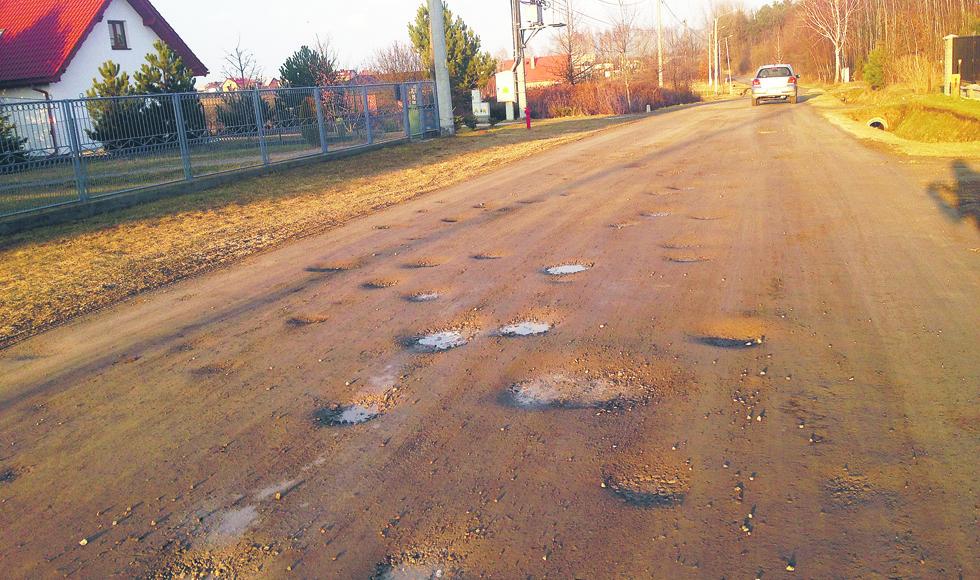 Są pieniądze na położenie asfaltu na fragmencie ulicy Krakowskiej w Kolbuszowej  - Zdjęcie główne