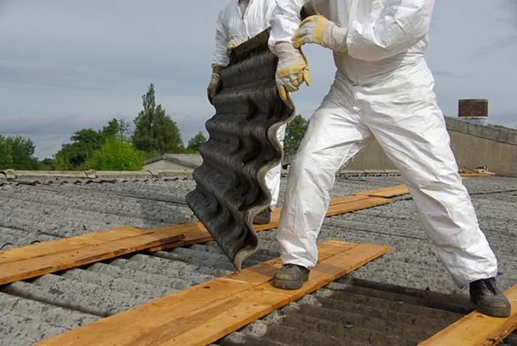 Sprawdź terminy odbioru azbestu - Zdjęcie główne