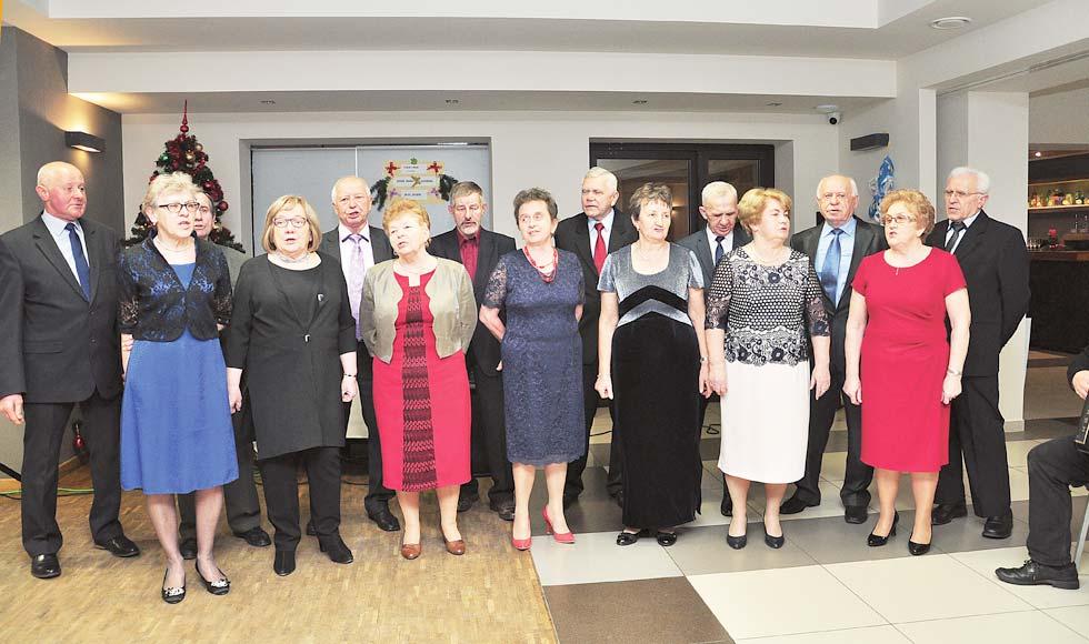 Seniorzy z Kolbuszowej i okolic świętowali dzień babci i dziadka - Zdjęcie główne