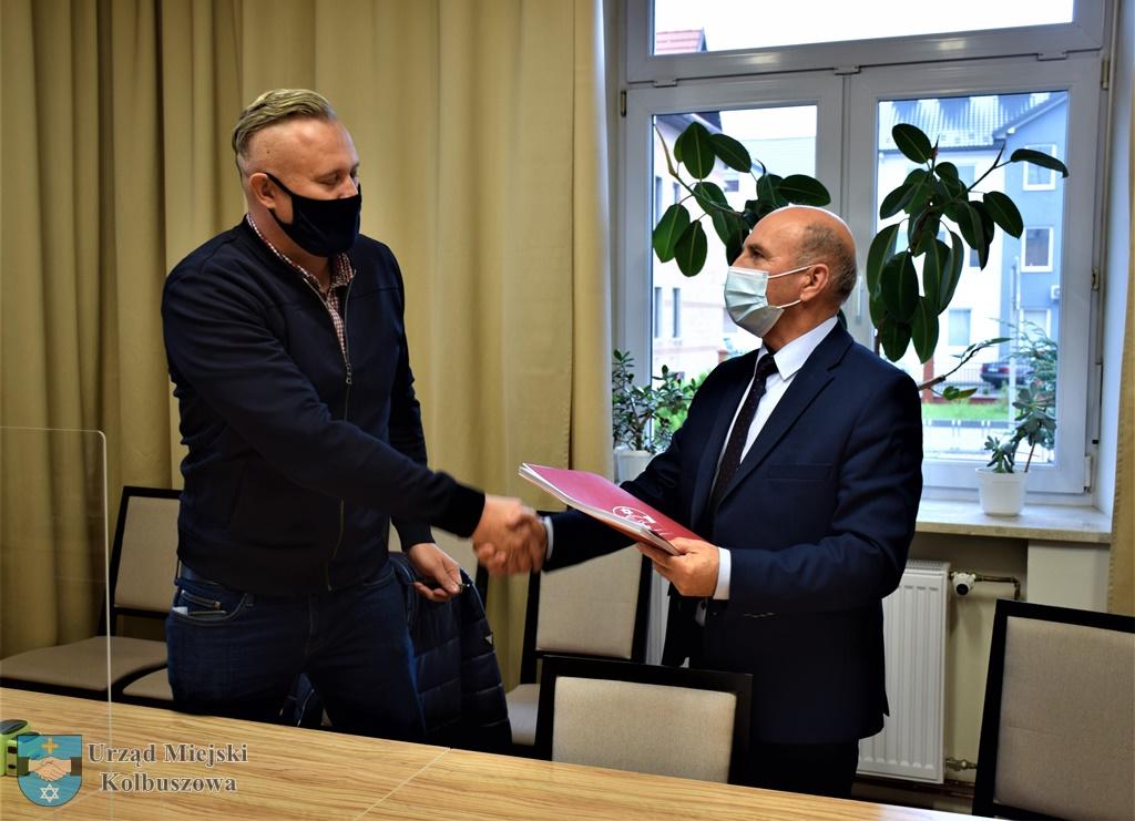 Jest umowa na ul. Witosa w Kolbuszowej [MAPA] - Zdjęcie główne