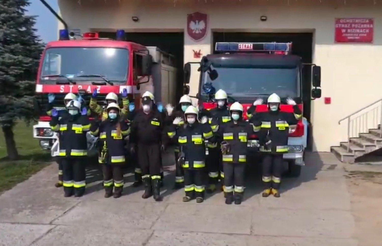 """Z PODKARPACIA. Strażacy nagrali piosenkę. """"Nie ściemniaj strażaka"""" [VIDEO] - Zdjęcie główne"""