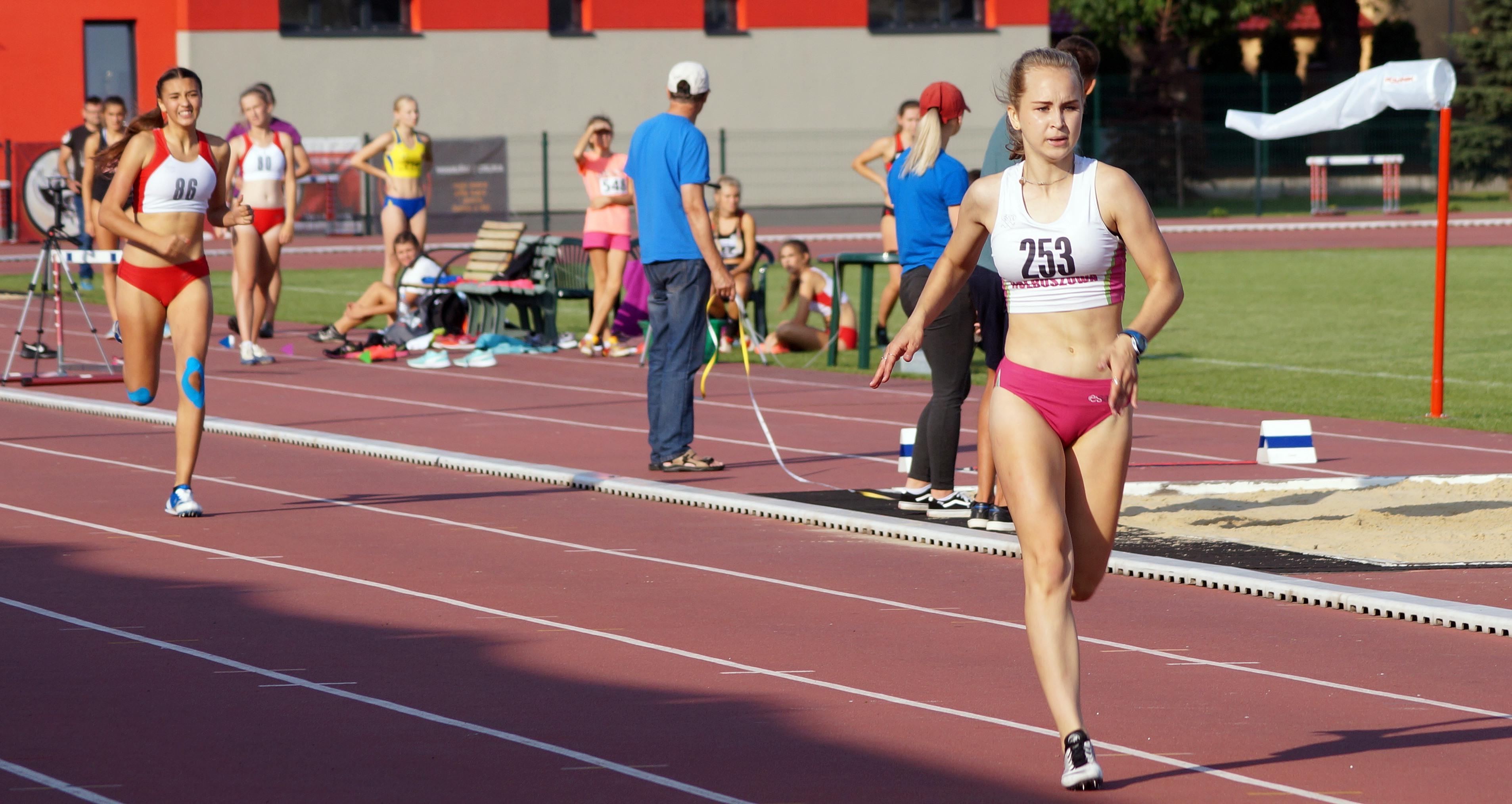 Magdalena Niemczyk walczy o prawo startu w mistrzostwach Polski - Zdjęcie główne