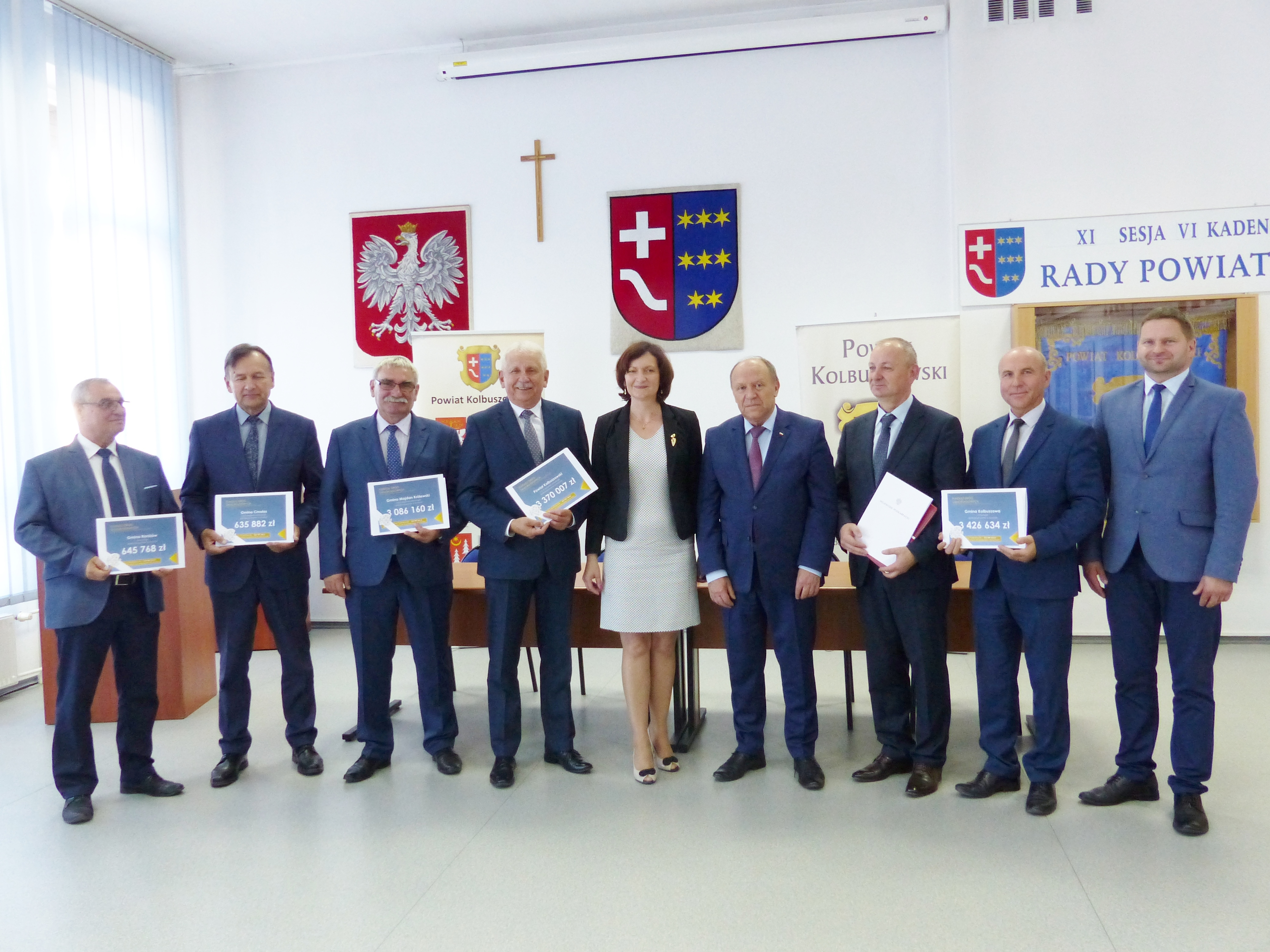 Włodarze z powiatu kolbuszowskiego odebrali z rąk wojewody ponad 11 milionów  - Zdjęcie główne