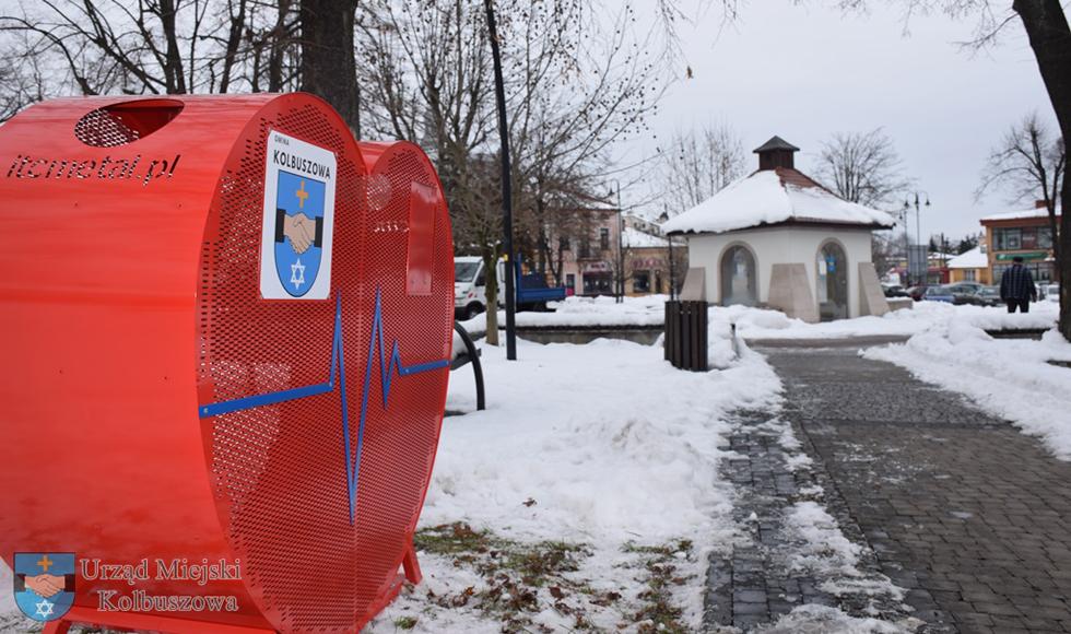 Serce na nakrętki stanęło w centrum Kolbuszowej - Zdjęcie główne