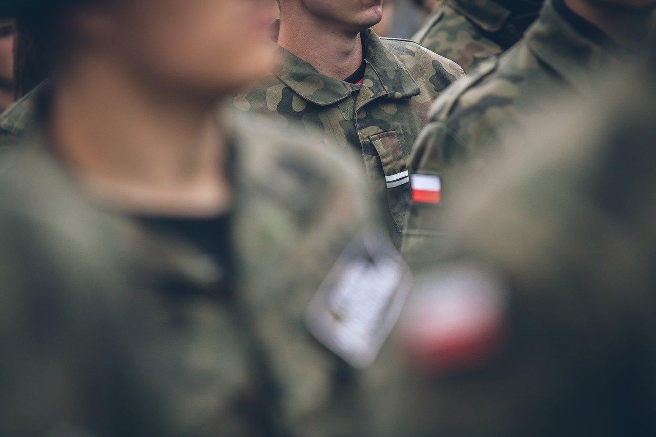Gmina Niwiska. Żołnierze w lasach. Będą poszukiwania  - Zdjęcie główne