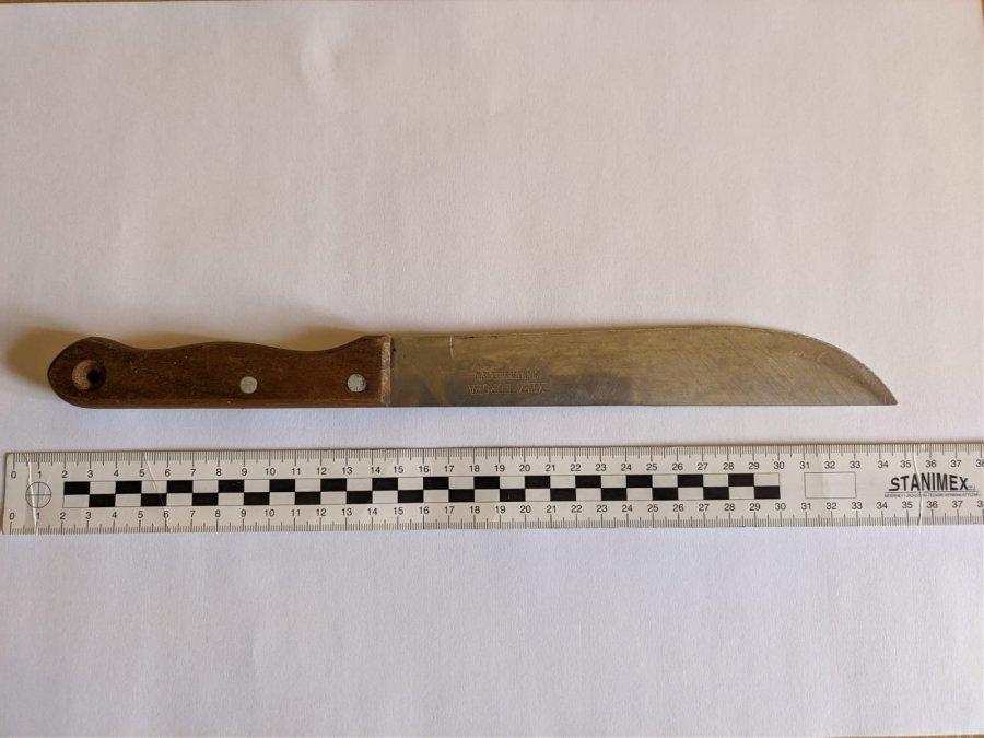 Cmolas. Napad z nożem na sklep  - Zdjęcie główne