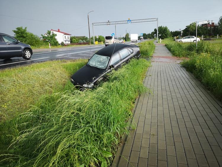 Pijany kierowca wpadł do rowu w Kolbuszowej Górnej - Zdjęcie główne