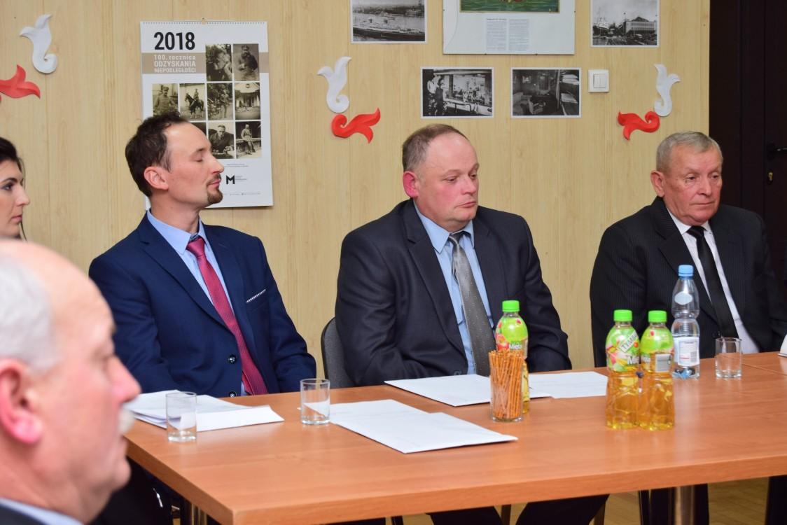Nowi radni z gminy Raniżów na tapecie  - Zdjęcie główne