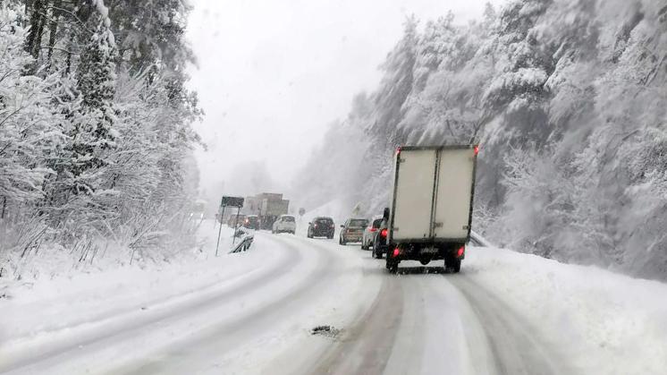 Utrudnienia na drodze relacji Kolbuszowa - Mielec - Zdjęcie główne