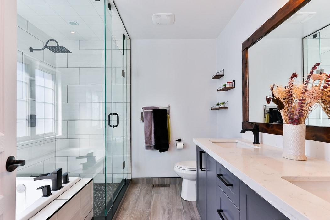 Jaka uszczelka do kabiny prysznicowej będzie najlepsza? - Zdjęcie główne