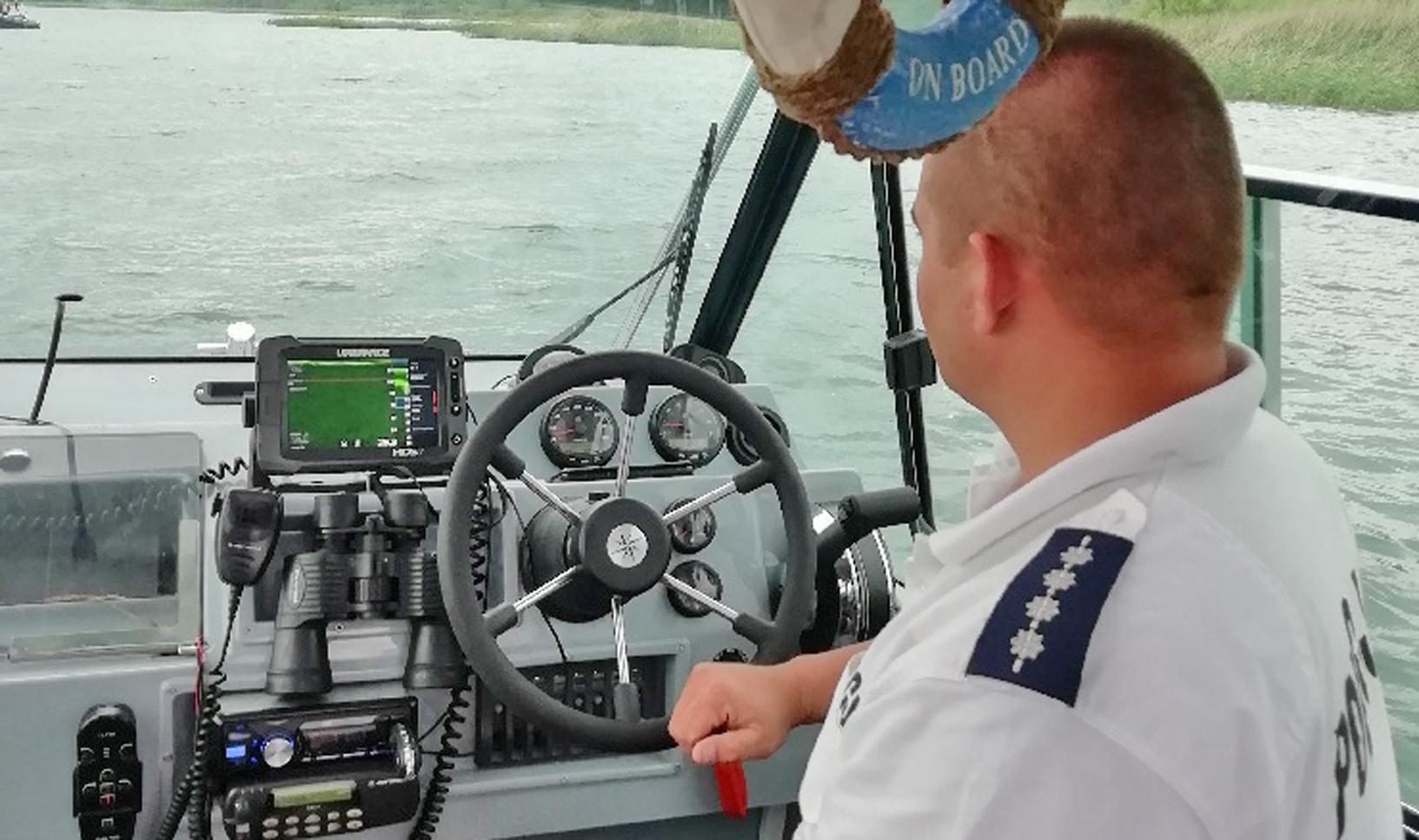 22-latek z Woli Raniżowskiej utonął w Jeziorze Tarnobrzeskim [ZDJĘCIA] - Zdjęcie główne
