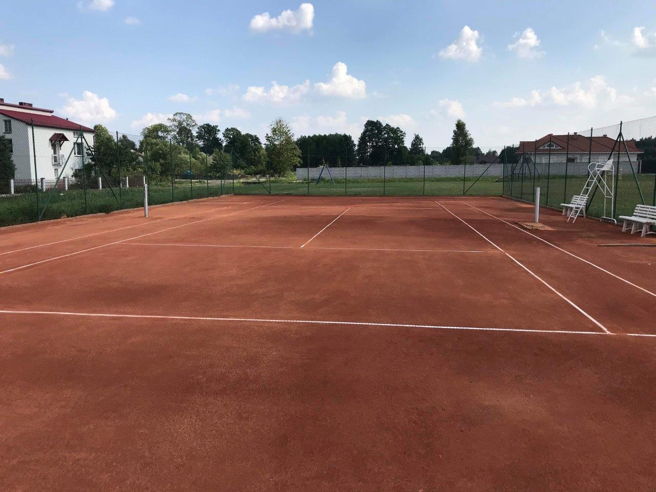 Gmina Niwiska. W Trześni można już zagrać na korcie tenisowym - Zdjęcie główne