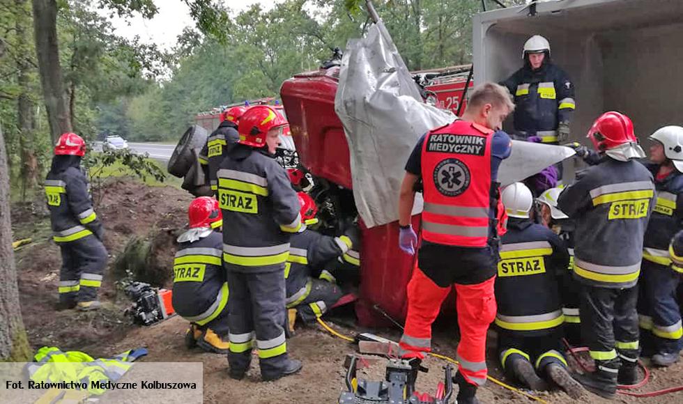 Kolbuszowska policja o wypadku w Widełce. Mężczyzna, który zginął miał 34 lata  - Zdjęcie główne