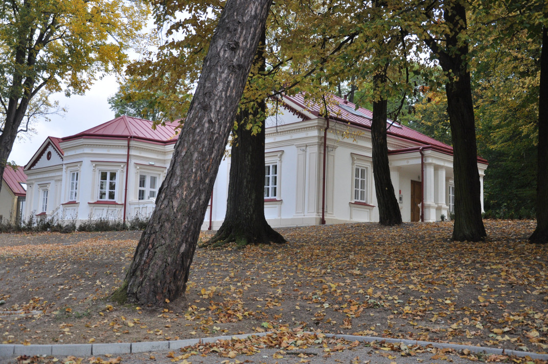 Dworek w Dzikowcu mimo zakończonych prac nadal pozostaje zamknięty. Kiedy będzie dostępny dla zwiedzających? - Zdjęcie główne