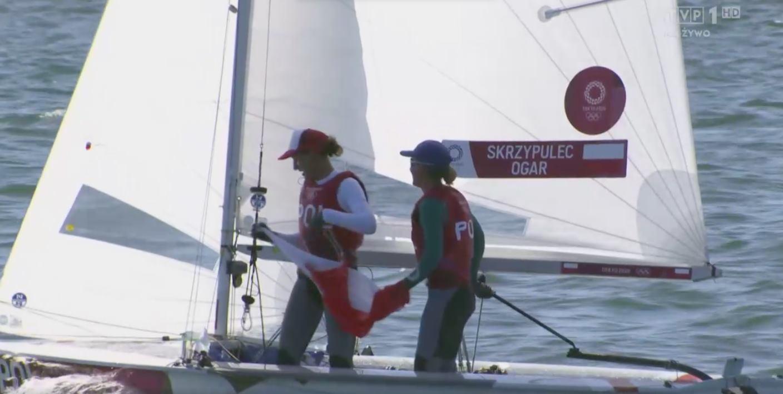 Udany finisz żeglarek! Srebrny medal Agnieszki Skrzypulec i Jolanty Ogar [ZDJĘCIA] - Zdjęcie główne