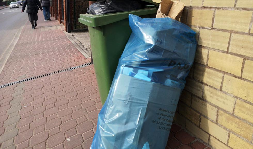 GMINA KOLBUSZOWA. Worki na odpady do odebrania [HARMONOGRAM 2020] - Zdjęcie główne
