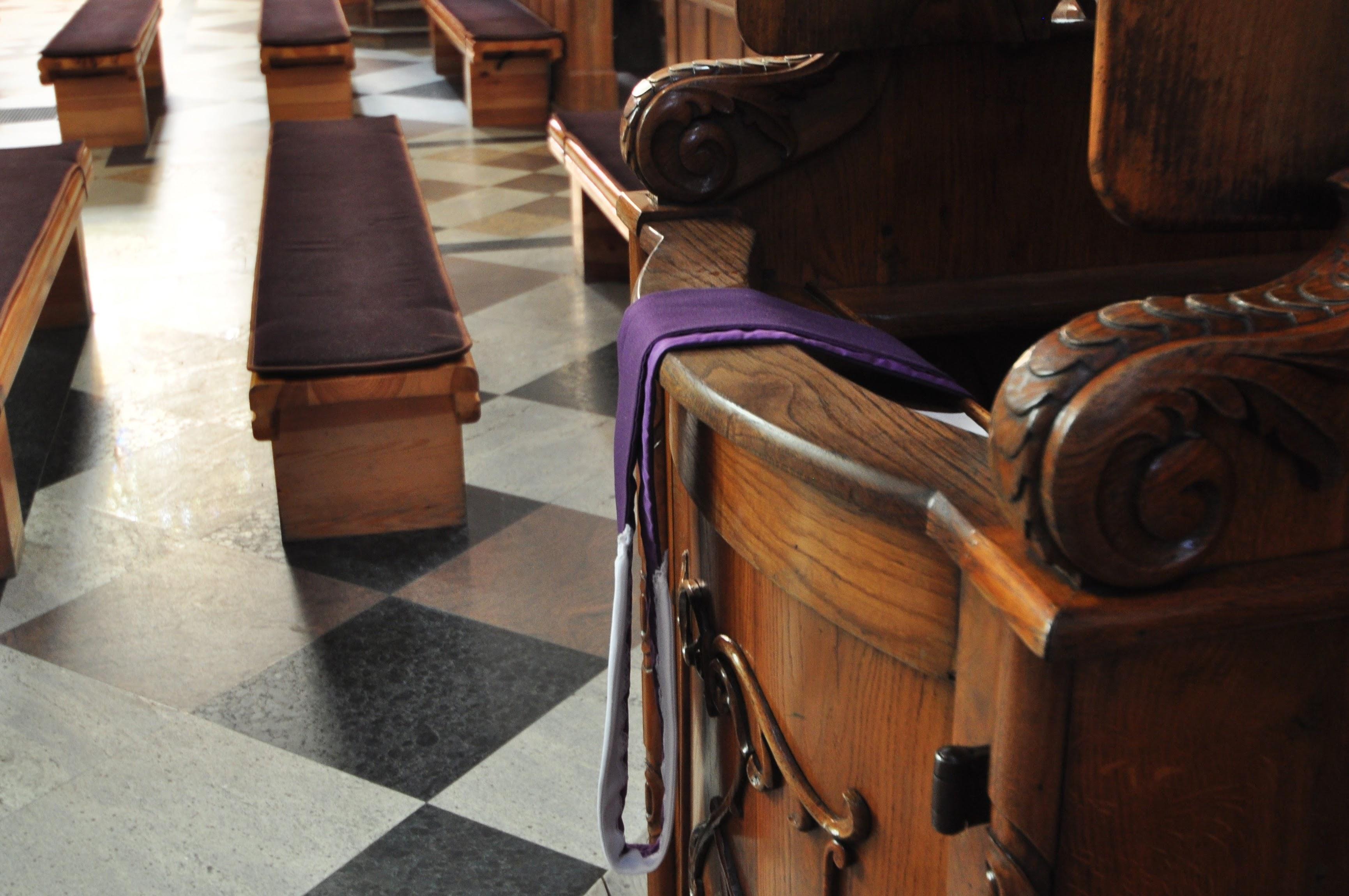 Do spowiedzi doszły nowe grzechy, m.in.: hejt, bogacenie się i kwestie łóżkowe - Zdjęcie główne
