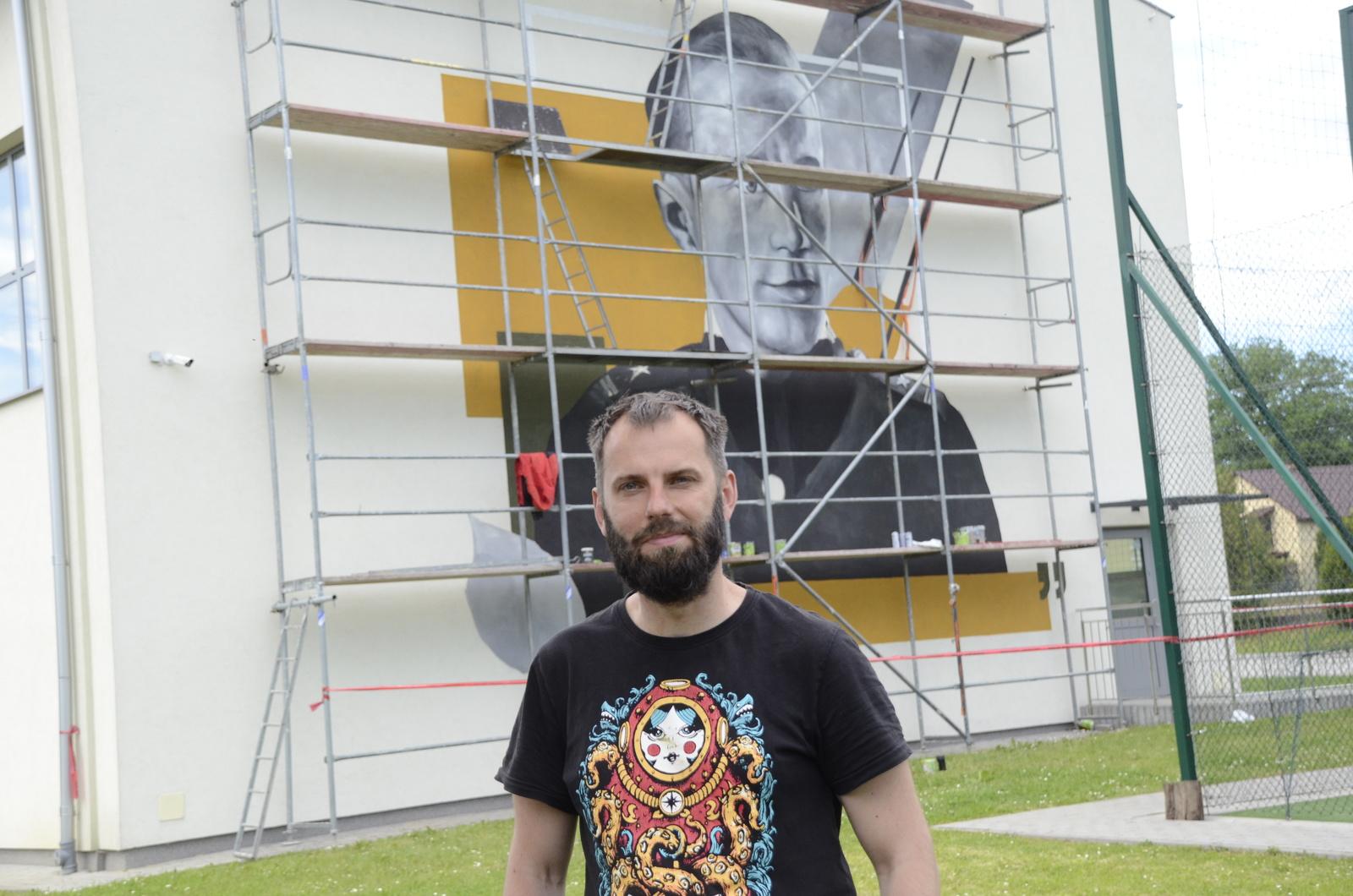 Rozmowa z Arkadiuszem Andrejkowem - to on namalował niesamowity mural w Weryni! [ZDJĘCIA] - Zdjęcie główne