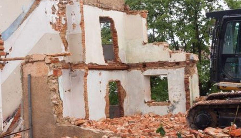 PODKARPACIE: Makabryczny wypadek! Na pracownika runęła ściana! - Zdjęcie główne