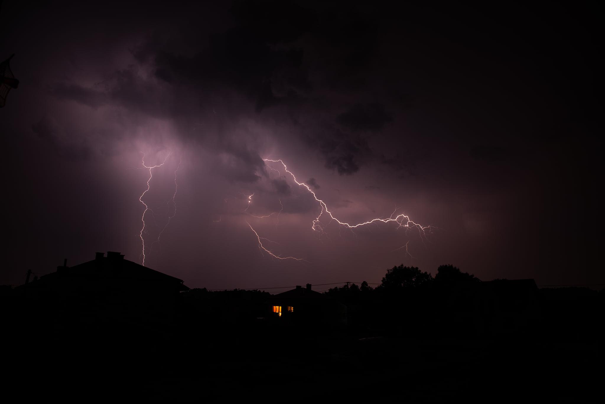 Pogoda Kolbuszowa. Zobacz niesamowite zdjęcia burzy nad powiatem kolbuszowskim  - Zdjęcie główne