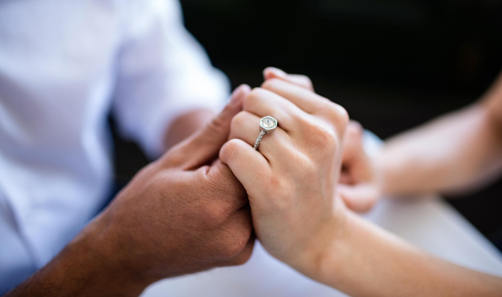 POMÓŻ w odnalezieniu właścicielki pierścionka  - Zdjęcie główne