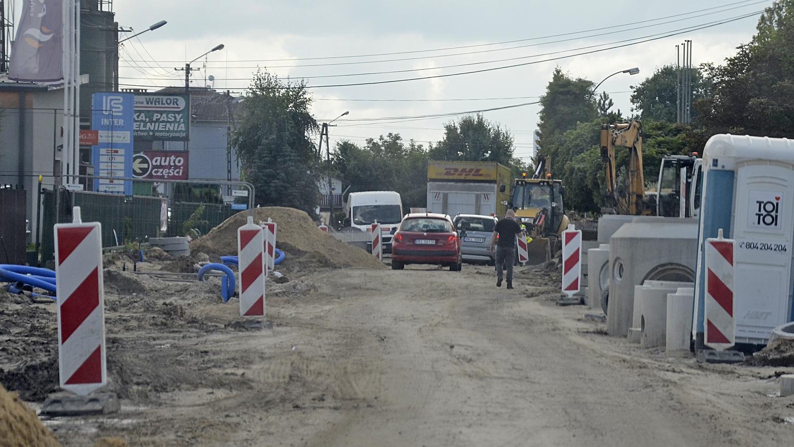 Remont ulicy Handlowej w Kolbuszowej. Radny: Nikt nad tym nie panuje! - Zdjęcie główne