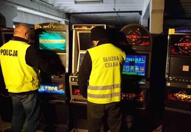 Z PODKARPACIA. Wysoka kara za nielegalne automaty do gier  - Zdjęcie główne