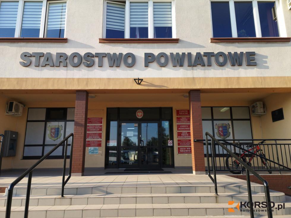 Dłuższy czas na rejestrację samochodu w Kolbuszowej  - Zdjęcie główne