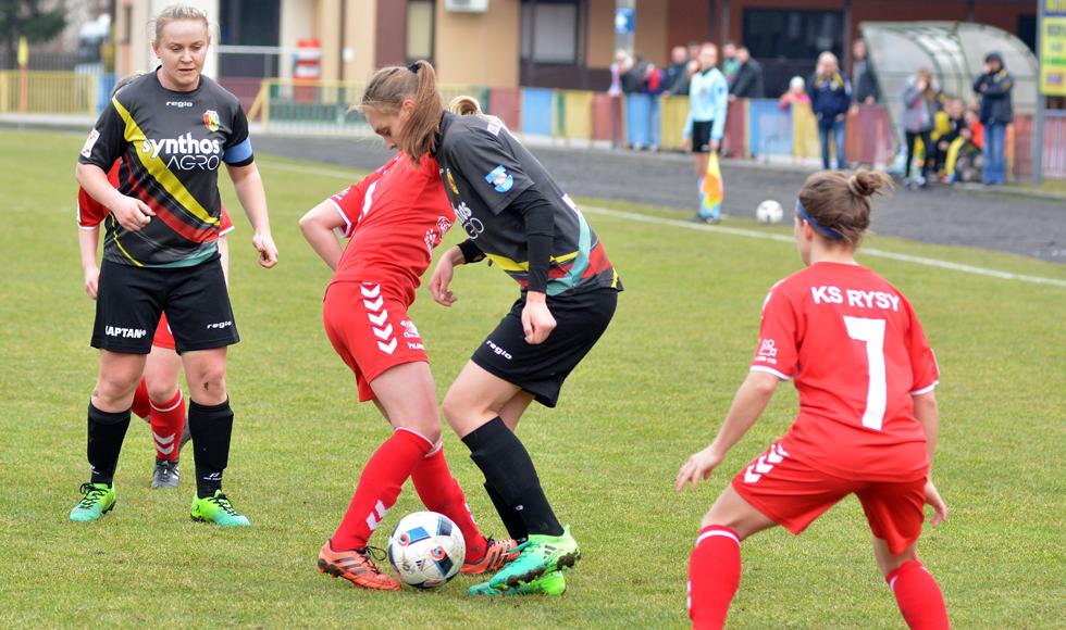Piłkarki Sokoła Kolbuszowa Dolna wywalczyły trzy punkty w drugim spotkaniu rundy rewanżowej - Zdjęcie główne
