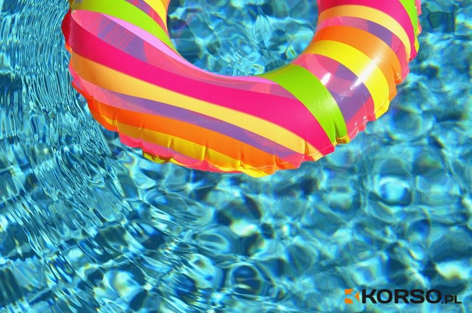 Z PODKARPACIA. Maleńka dziewczynka utonęła w swoim basenie - Zdjęcie główne