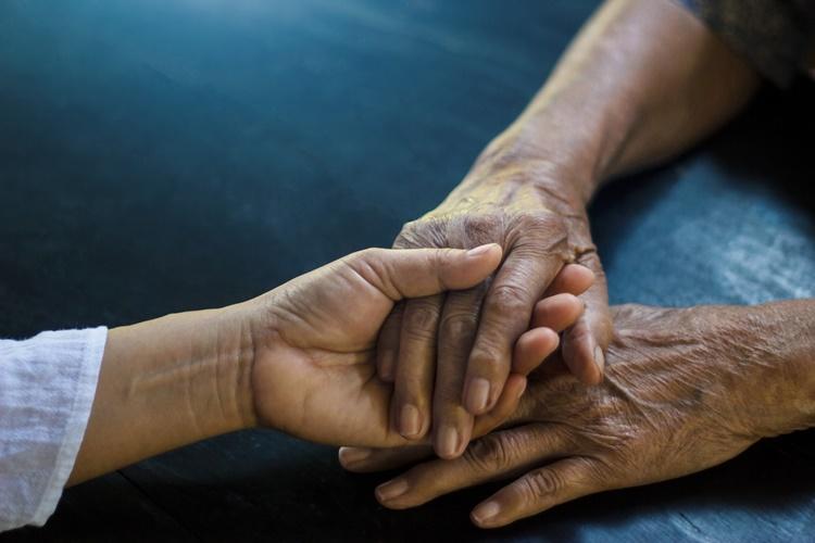 Wyjść z cienia Parkinsona, czyli informacja kluczem do skuteczniejszego leczenia - Zdjęcie główne