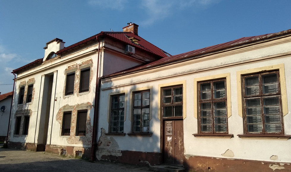 Odświeżony wygląd i całkiem nowe funkcje otrzymają budynki w Kolbuszowej, po kapialnym remoncie - Zdjęcie główne