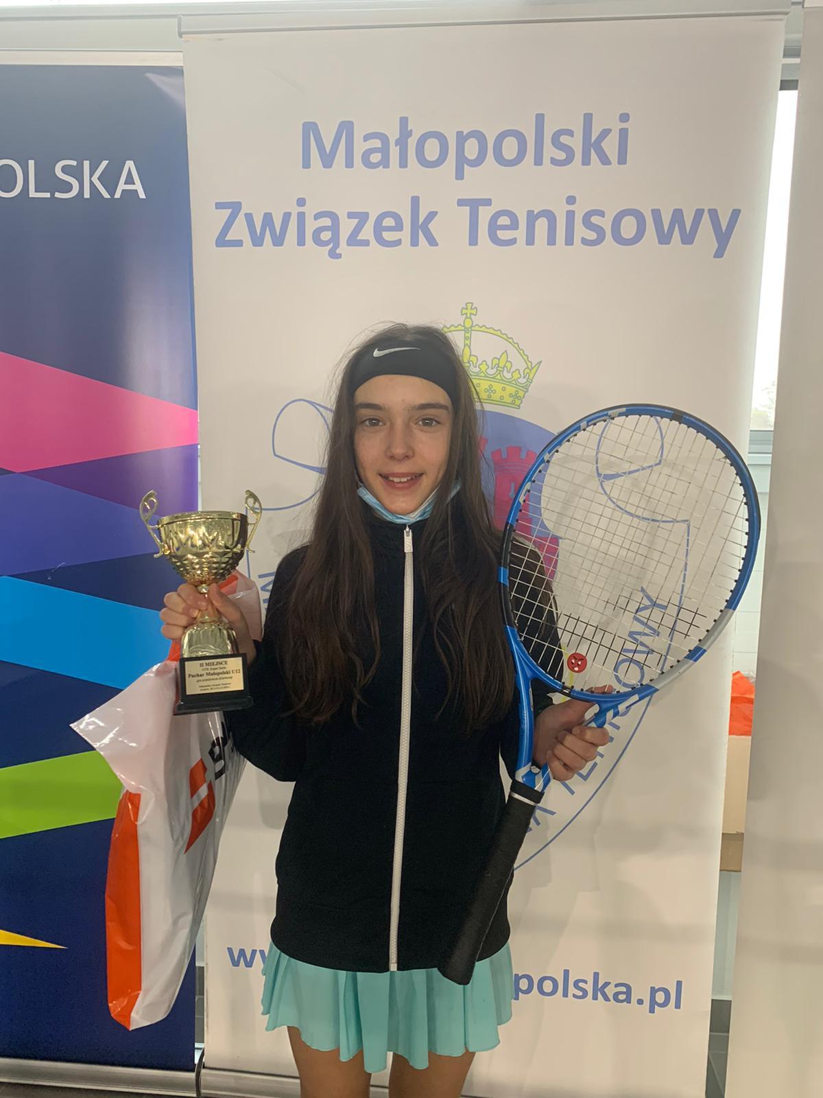 Oliwia spełnia marzenia w tenisie - Zdjęcie główne