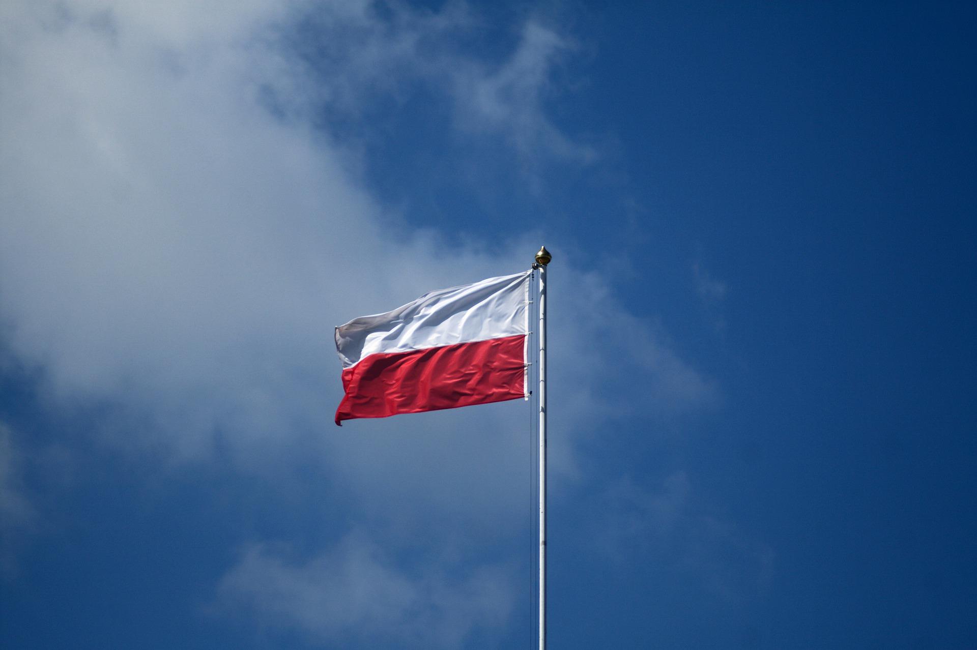 Maszt z flagą dla gminy. Oddaj swój głos - Zdjęcie główne